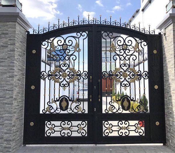 Mẫu cửa cổng sắt nghệ thuật